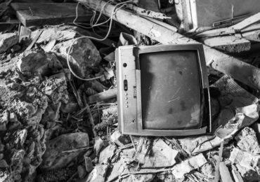 Outdoor Fernseher - die besten TVs für draußen (2021)